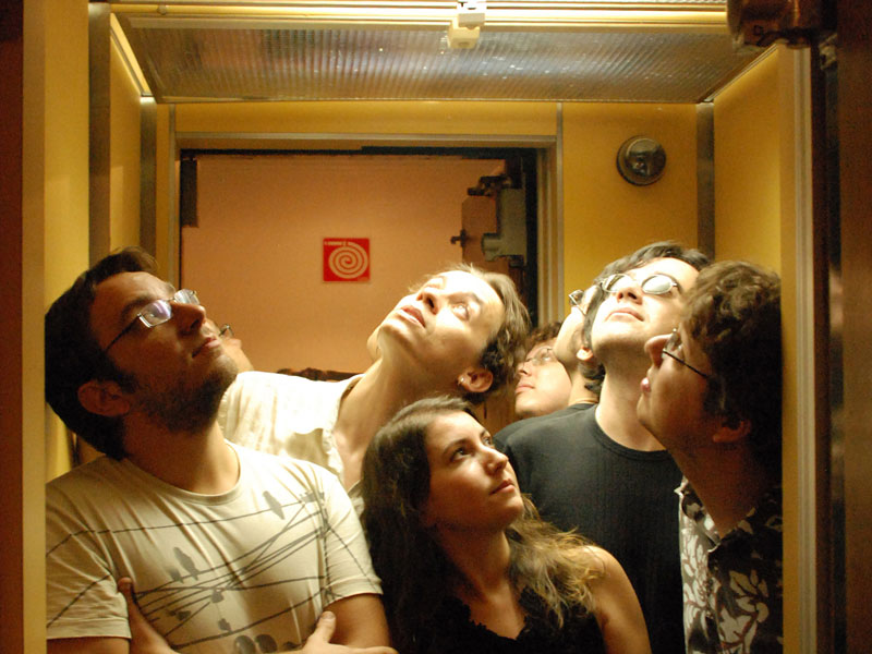 motormama_vila_seixas_Milena_Aurea_elevador2