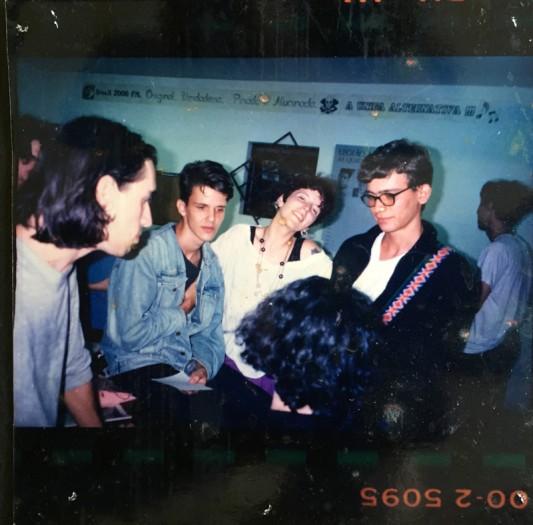 pin_ups_entrevista_midsummer_madness_1991